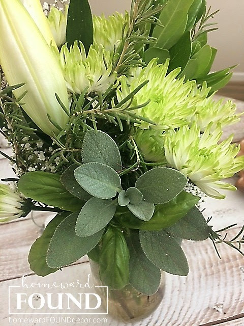 flower arranging, decorating, DIY, diy decorating, entertaining, flowers, garden, outdoors, summer, fall, white, transitional, herbs