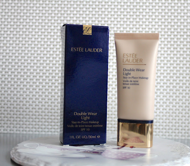 Estee Lauder Double Wear Light tekući puder