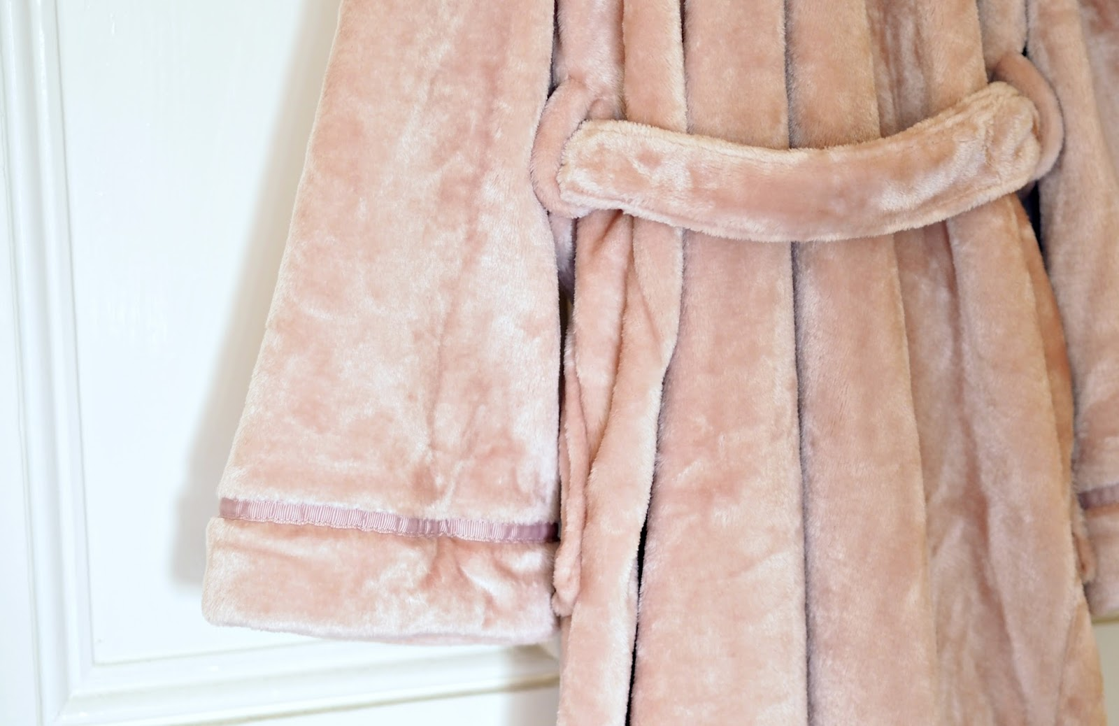 Baby Pink Dressing Gown From Debenhams, super soft