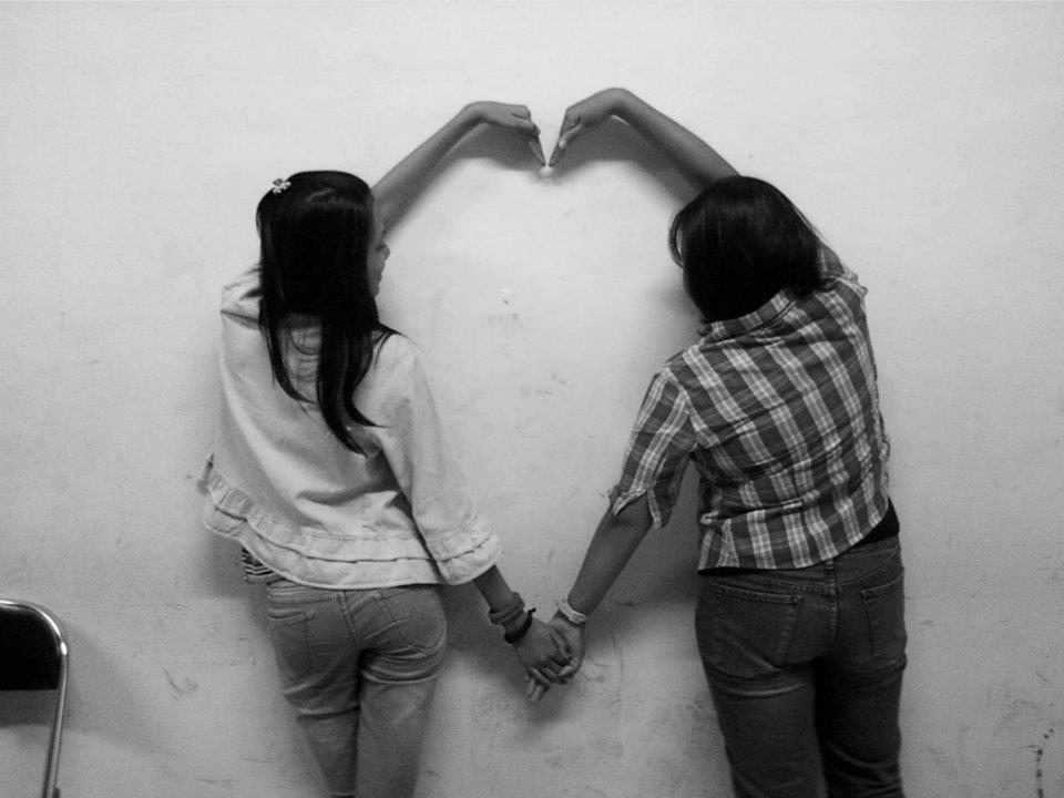 Love photography black and white photography - Black and white love pictures ...