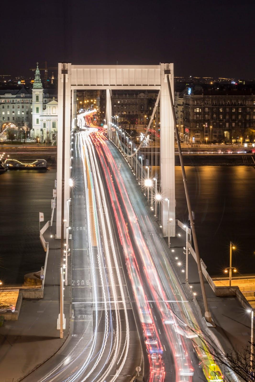 Budapest pont nuit