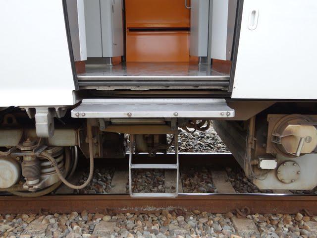 Blair's 鐵道攝影: TEMU1000型傾斜式電聯車(太魯閣號 Taroko Express)