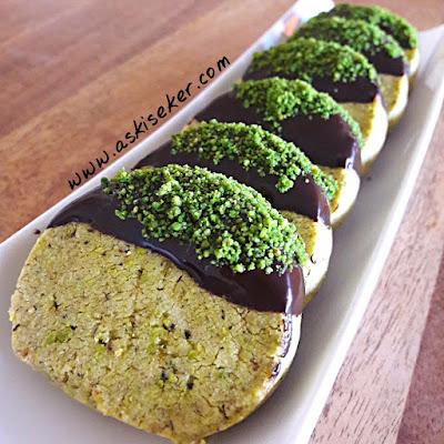 Antep Çan Fıstıklı Kurabiye tarifi nasıl yapılır kolay nefis videolu tatlı yemek tarifleri turkish peanut pistachio cookies dessert recipe delicious yummy taste tasty