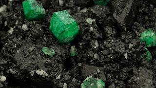 Emerald_mining