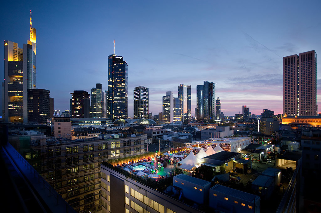 The World's 30 Best Rooftop Bars… Everyone Should Drink At #9 At Least Once. - The Long Island Summer lounge is only open during the summer season in Frankfurt, Germany.