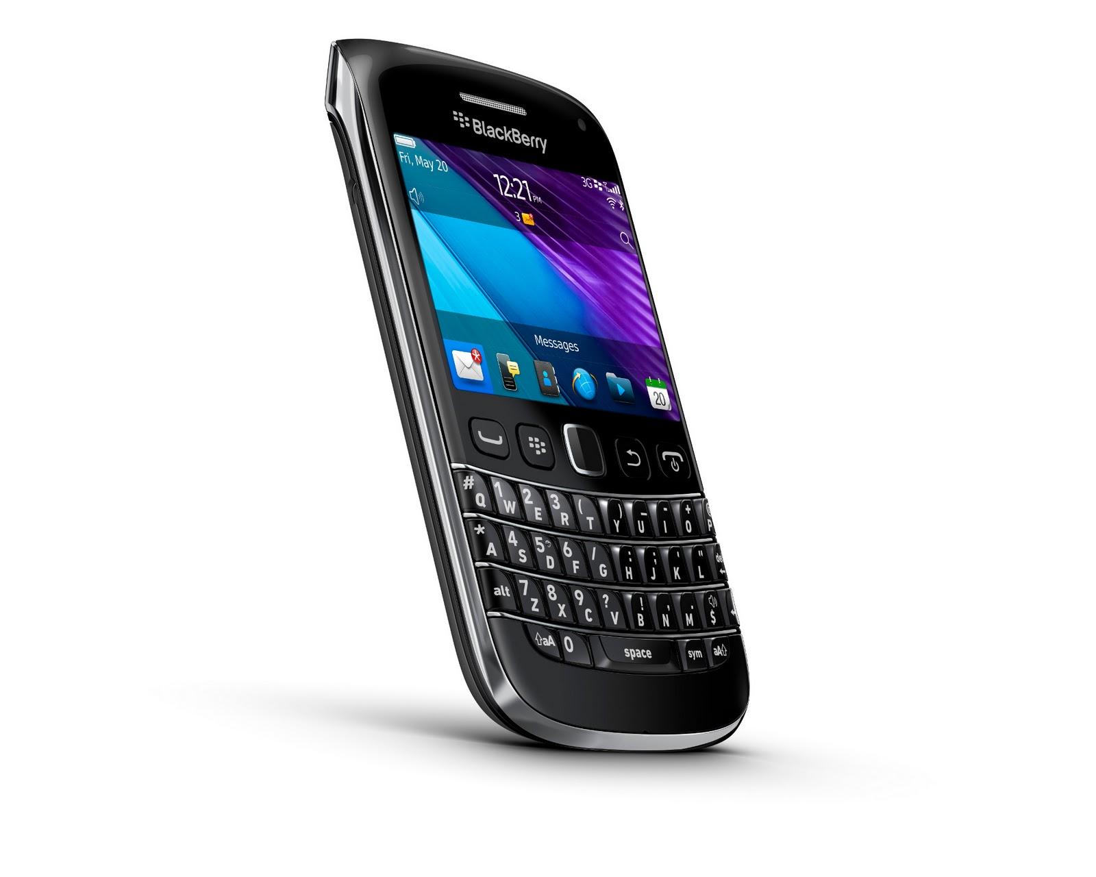 La bola negra la familia blackberry crece con 2 tel fonos m s for Telefono bb