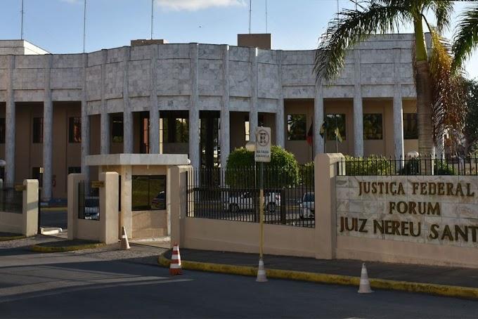 PARAÍBA: Leilão da Justiça Federal acontece nesta quinta com lotes de casas, automóveis e outros bens.