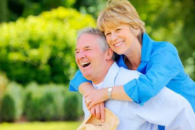 Người già sử dụng sâm Ngọc Linh hợp lý sẽ kéo dài tuổi thọ