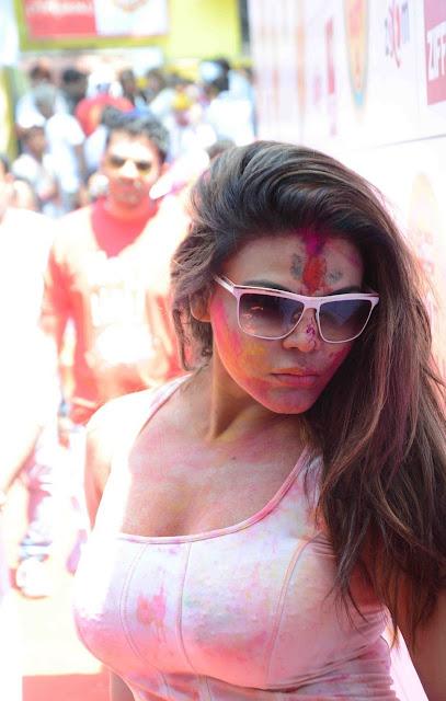 Bollywood Raki shawanth s holi pics in white color dress