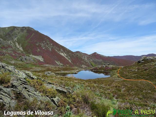 Lagunas de Vilousa bajo el Mustallar