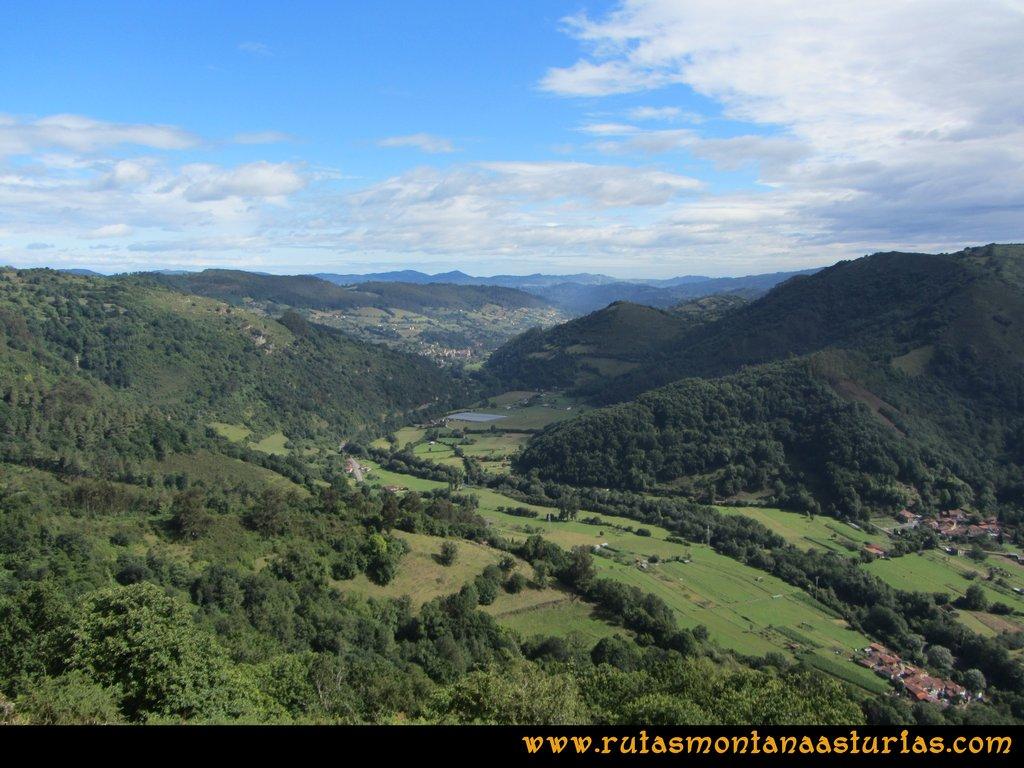 Ruta Cascadas Guanga, Castiello, el Oso: Vista del Valle del Trubia