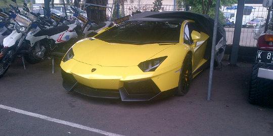 Polisi Masih Bungkam Siapa Pemilik Lamborghini Yang Ditilang
