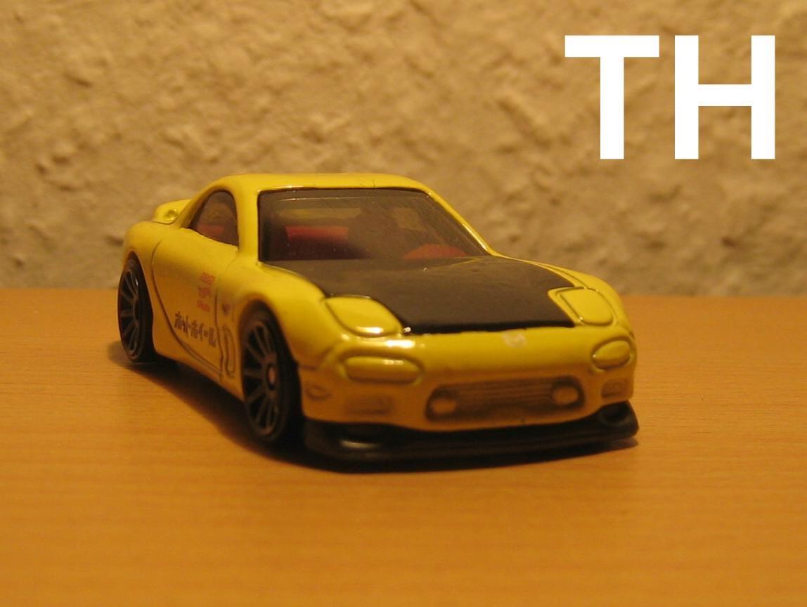 diecast modellautos ein gelb schwarzer renner aus japan. Black Bedroom Furniture Sets. Home Design Ideas