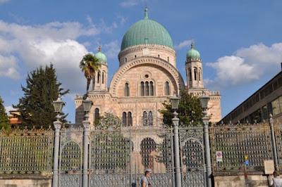 A Sinagoga -  Beit Knesset