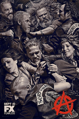 synowie anarchii serial recenzja ron perlman charlie hunnam