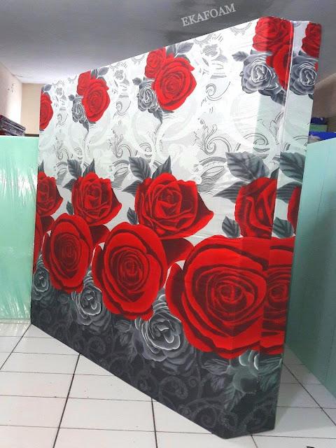 Kasur inoac motif bunga rose black