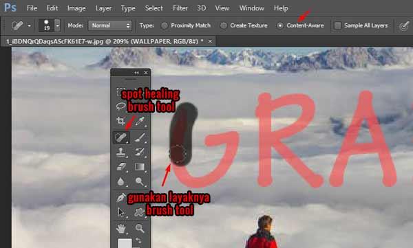 menghapus tulisan pakai spot healing bush tool photoshop