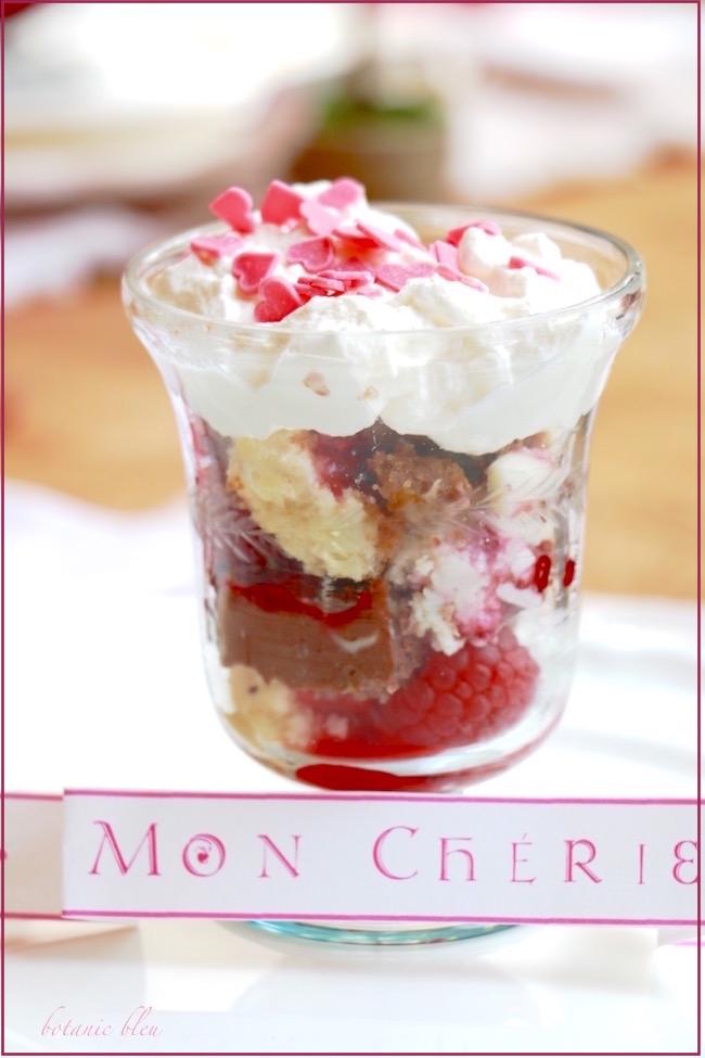 raspberry-cheesecake-valentine-dessert