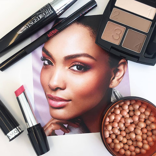 Today's Avon #FOTD is all about a warm summer glow paired with subtle pink lip.  Pictured: SuperExtend Winged Out Mascara, Mega Effects Liquid Eye Liner, True Color Eye Shadow Quad in Mocha Latte, Avon Glow Bronzing Pearls in Sunkissed and Ultra Color Indulgence Lip Color in Pink Blossom.  http://avon4.me/1Nzy5yx