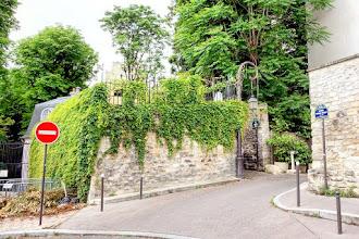 Paris : Rue Berton, voyage à travers les siècles à Passy - XVIème