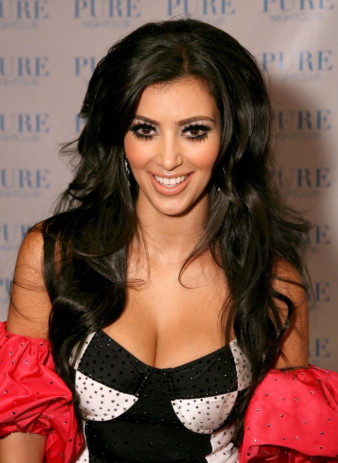 celebrity hairstyle haircut ideas: kim kardashian long hairstyle