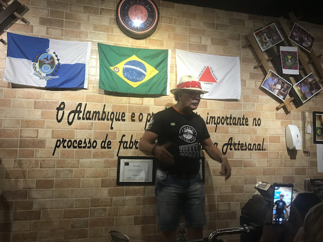 Tour Experiência - Cachaça Social Clube, fazendo e provando