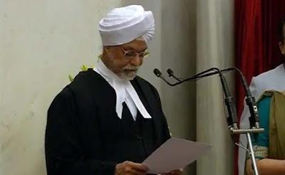 जगदीश सिंह खेहर ने ली 44वें चीफ जस्टिस पद की शपथ, बने देश के पहले सिख मुख्य न्यायाधीश
