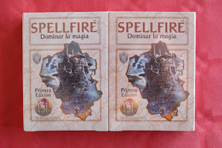 http://roldelos90.blogspot.com.es/2016/12/abrimos-un-mazo-de-spellfire.html