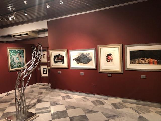 """Εικαστική Παρουσίαση: """"Η σύγχρονη τέχνη συναντά την ναΐφ τέχνη στην Ύδρα"""""""