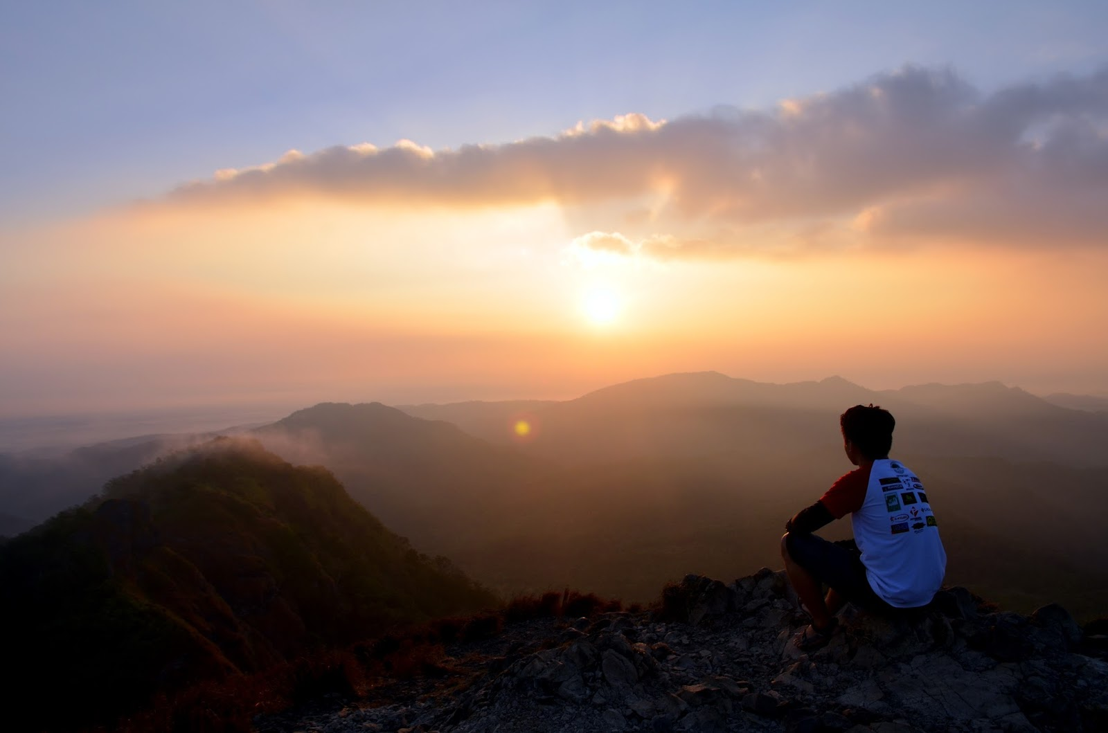Pico De Loro summit sunrise