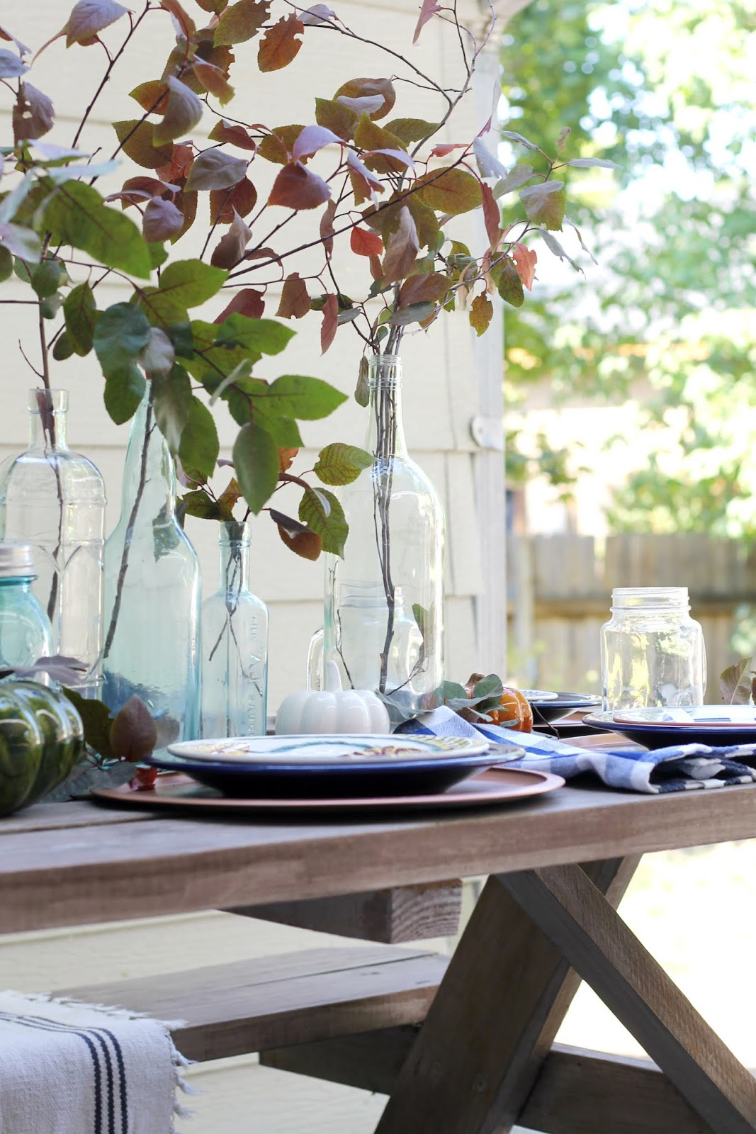 Casual Outdoor Fall Tablescape