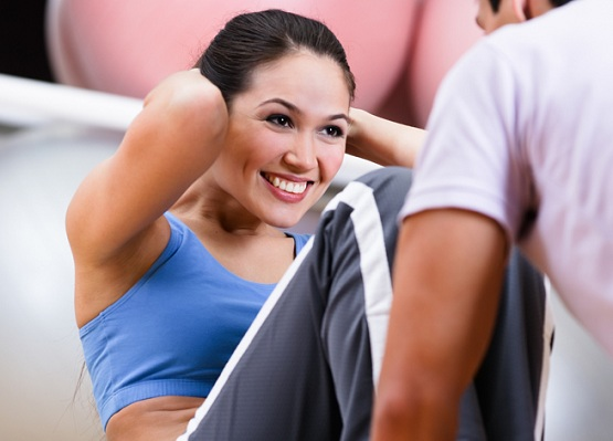 woman fitness sit up exercise gym