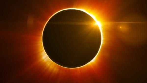 Último eclipse solar del 2016 será este jueves