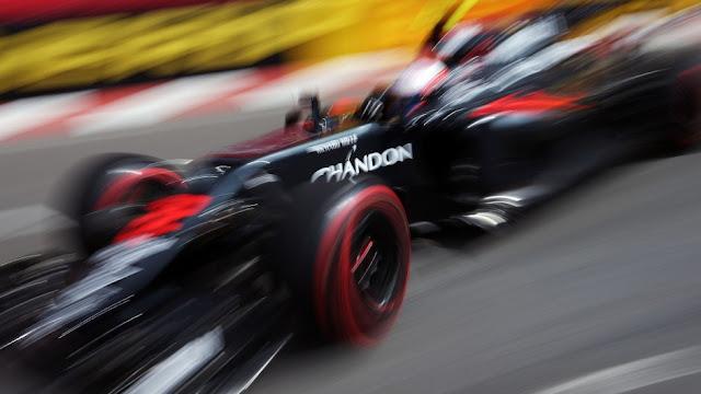 Button : Wehrlein Halangi Saya di Monaco