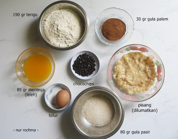 bahan banana muffin