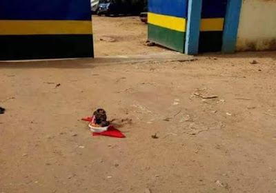 Photos: Charms, fetish items left in front of Ozubulu Police Station, Anambra