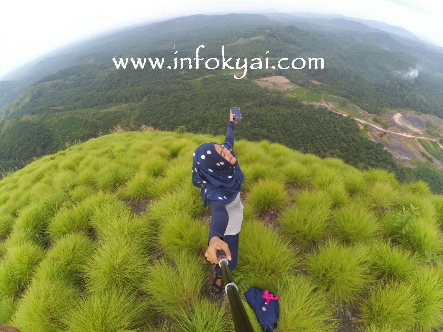 Puncak Bukit Batu Bara Linggapura - Tempat Wisata Lampung