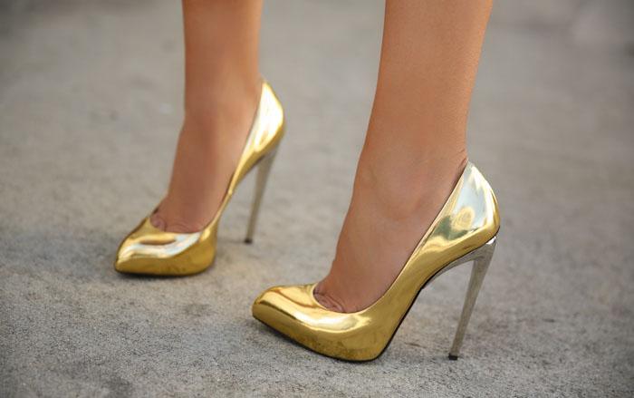 9134d11365 Fórmulas da Imaginação  Eu vou de Sapato Metalizado e Você