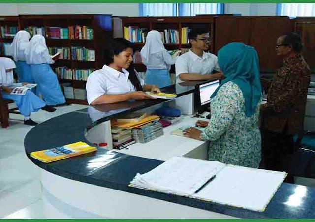 Gerakan Literasi Sekolah (GLS) di SMK