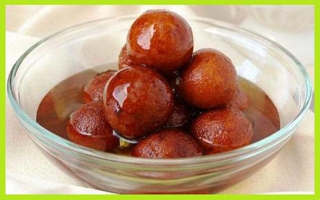कैसे बनाएं ब्रेड गुलाब जामुन - Bread Gulab Jamun Recipe in Hindi