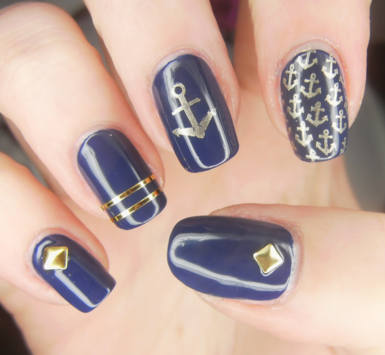 Nail Art On Navy Blue Nails: SpecialGirl Nails: Invogue In The Navy Swatch And Nail Art