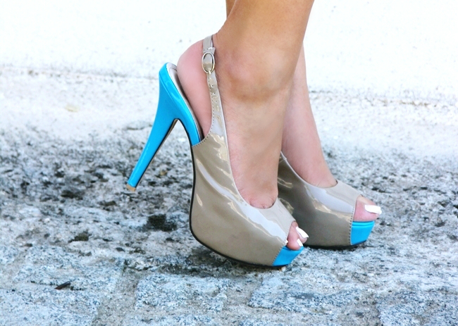Taupe beige patent open toe shoes with turquoise heels.Color block shoes.