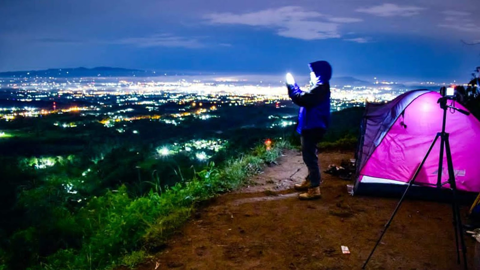 Bukit Rajawali Spot Camp Terbaik Di Kawasan Lereng Gunung