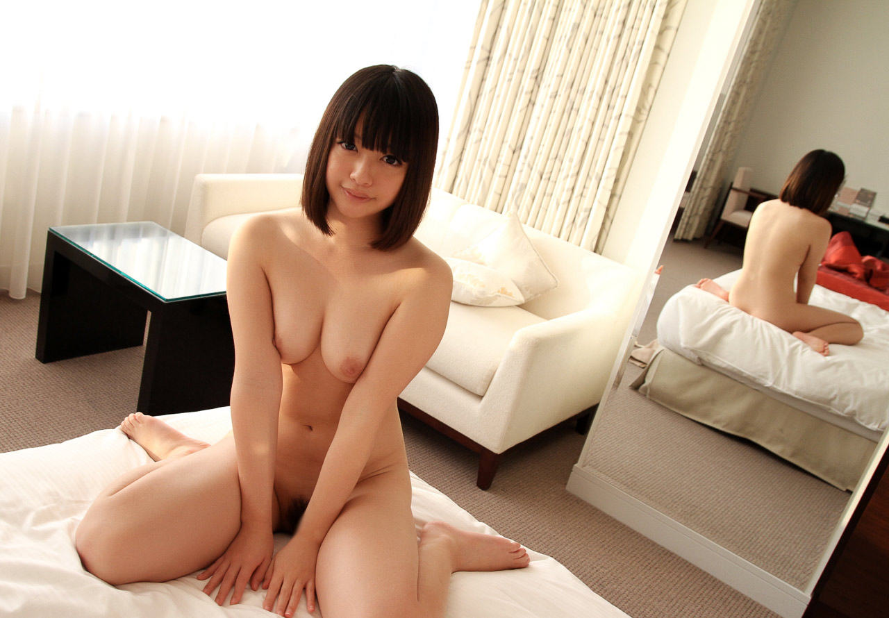 yuu tsujii sexy naked pics 02