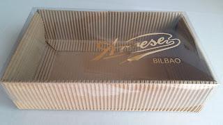 caja tapa transparente + base cartón ondulado
