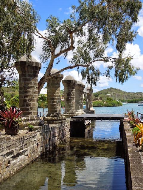 Nelson's Dockyard pillars