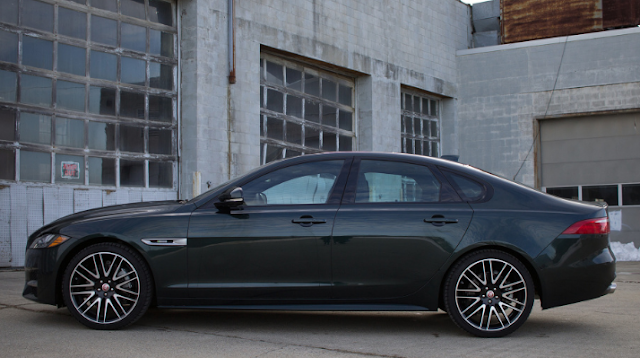 2016 Jaguar XF 35t R- Review