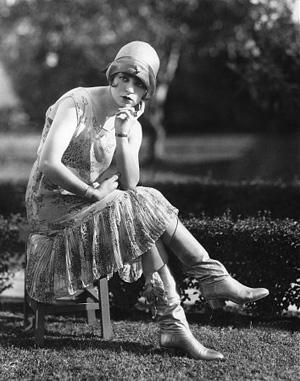 Just Bee Fashion: 1920s Fashion