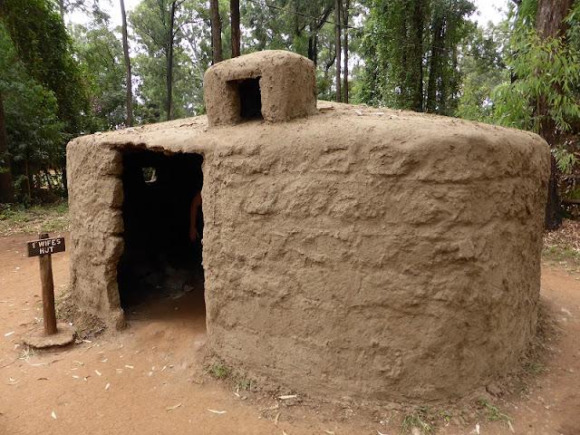Tribu Masai: choza de la primera mujer
