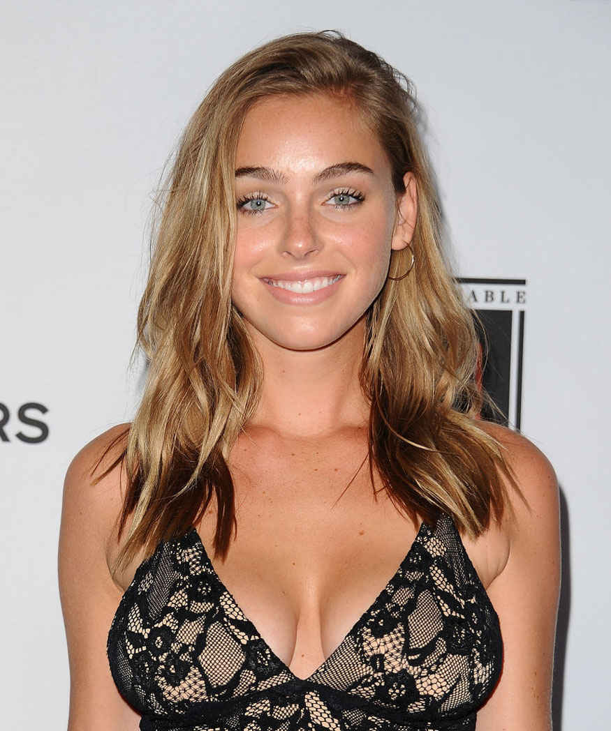 Model Elizabeth Turner Attends Sports Illustrated Fashionable 50 Event at Avenue In Los Angeles